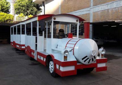 Trenzinho do Noel e Carreta da Alegria iniciam passeios em Guarapuava