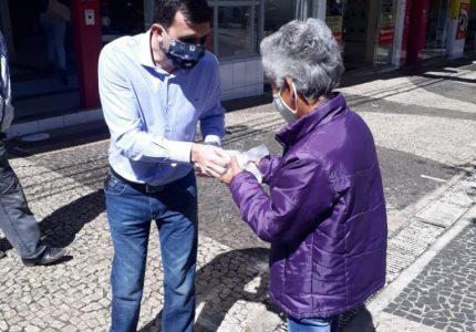 Empresários alertam população sobre as medidas de prevenção contra o Covid-19 em Guarapuava