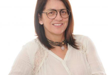 Prof.ª Bia é a nova presidente do MDB Guarapuava