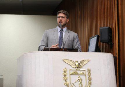 Mesmo após denúncias de cobrança indevida, pedágio fica mais caro no Paraná e deputado recorre à Justiça