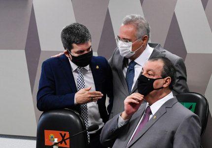 CPI da Covid-19 ouve ex-ministros Mandetta e Teich nesta terça-feira (4)