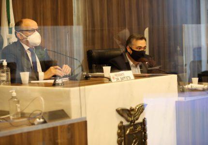 Na Assembleia Legislativa, secretário diz que Paraná deve receber 150 mil doses da vacina da Janssen