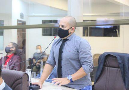 """""""Não temos como ser responsáveis por atos ilícitos fora do horário do expediente"""", diz Marcio Carneiro sobre assessor detido"""